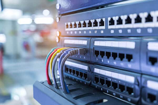 خدمات شبکه فون سیستم